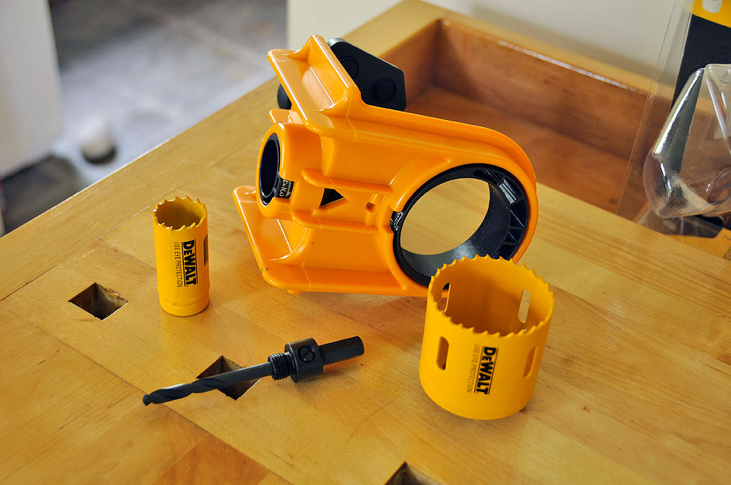 The DeWALT Door Lock Installation Kit ... & DeWALT Door Lock Installation Jig Kit | RainyDayMagazine