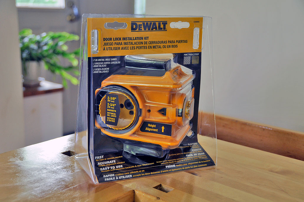 We felt it was better to get the heavier-duty tool. Paying a little more to make a proper hole is cheaper than to have to paying a lot more for a new door ... & DeWALT Door Lock Installation Jig Kit | RainyDayMagazine