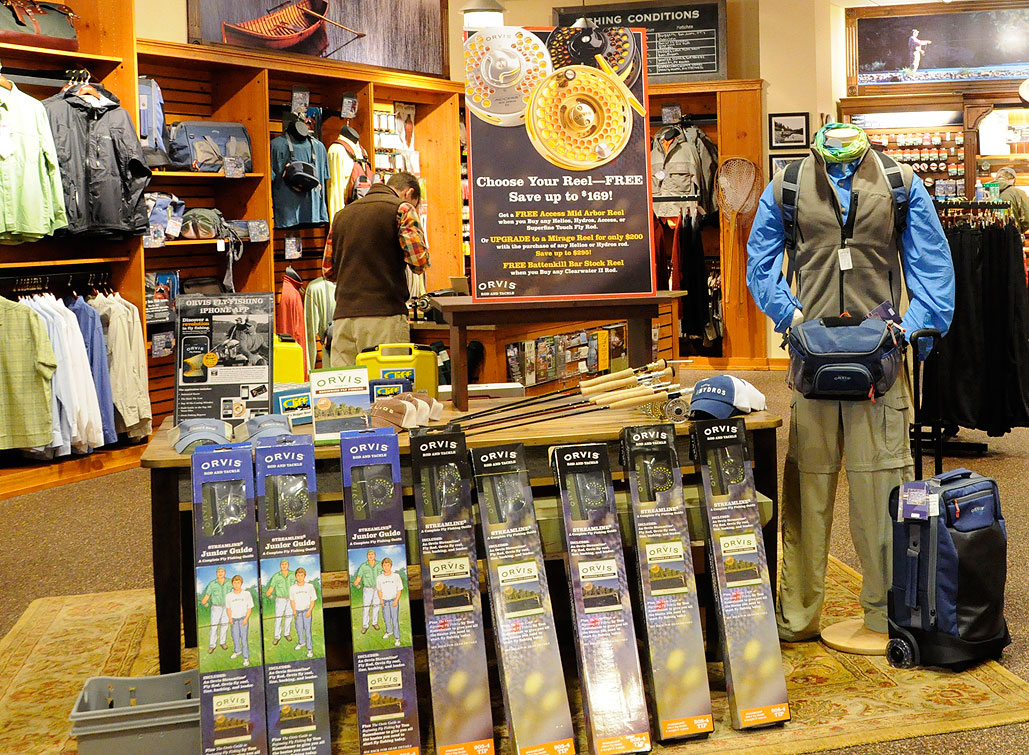 Orvis Men's Clothing catalog has a fashionable selection of men's clothing where you can buy outdoor clothing for men as well as casual Orvis pants and shirts - featured at unecdown-5l5.ga