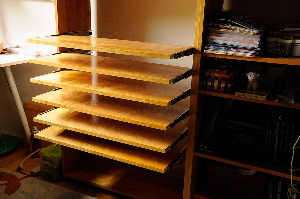 slide out shelves diy rainydaymagazine. Black Bedroom Furniture Sets. Home Design Ideas