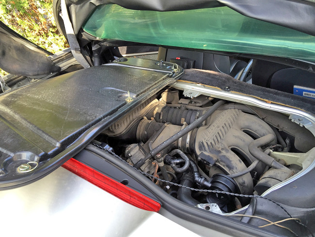 EngineCover_Removed